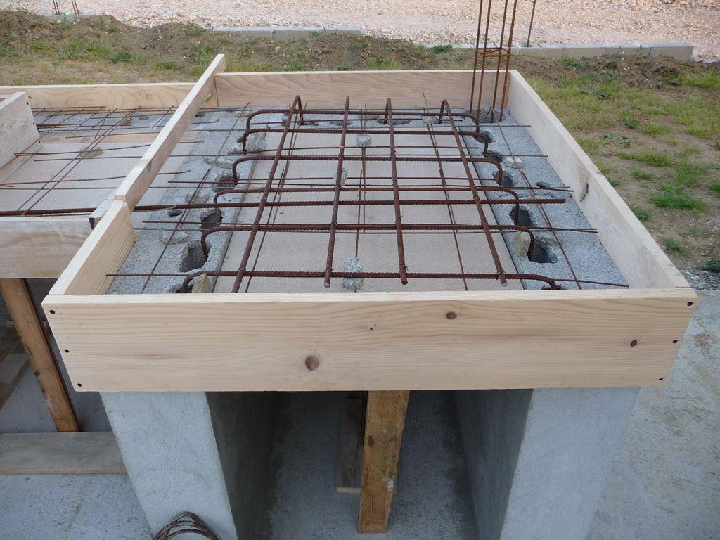 Reprise des travaux de la terrasse cuisine d 39 t - Fabriquer une cuisine en bois ...